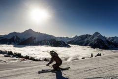 Skifahren über den Wolken - Foto Dominic Ebenbichler